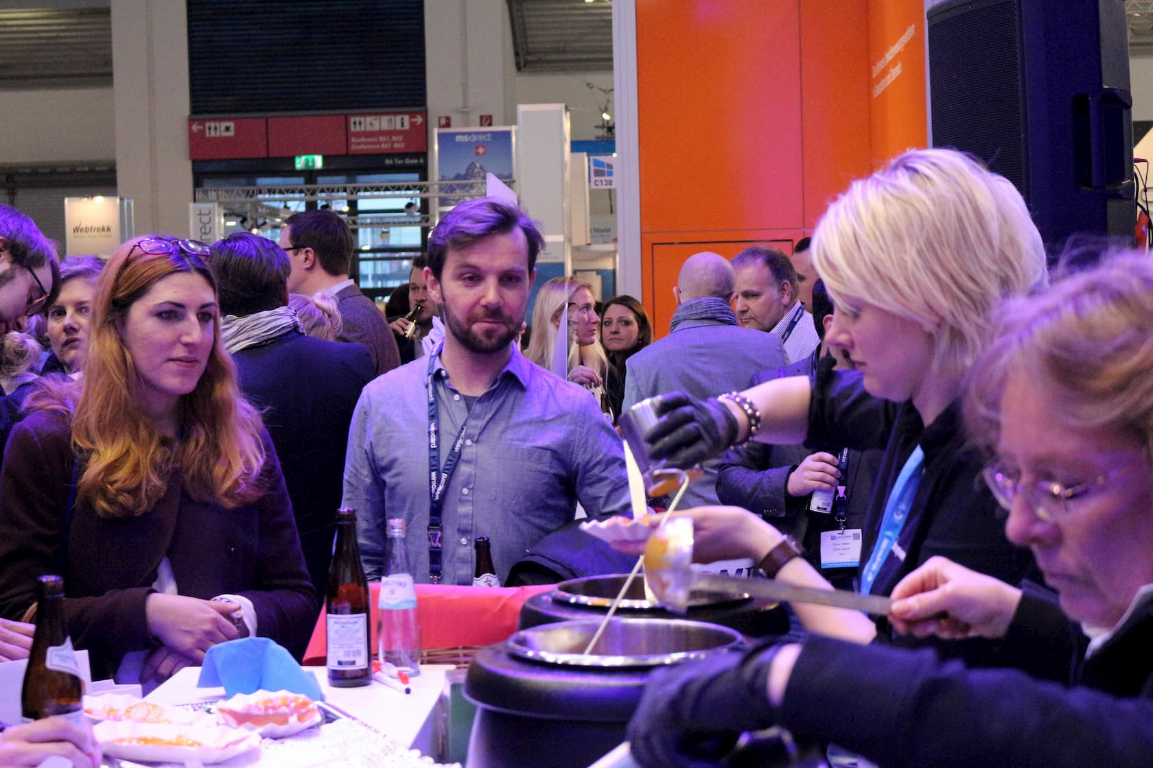 Currywurst-am-Shopware-Stand